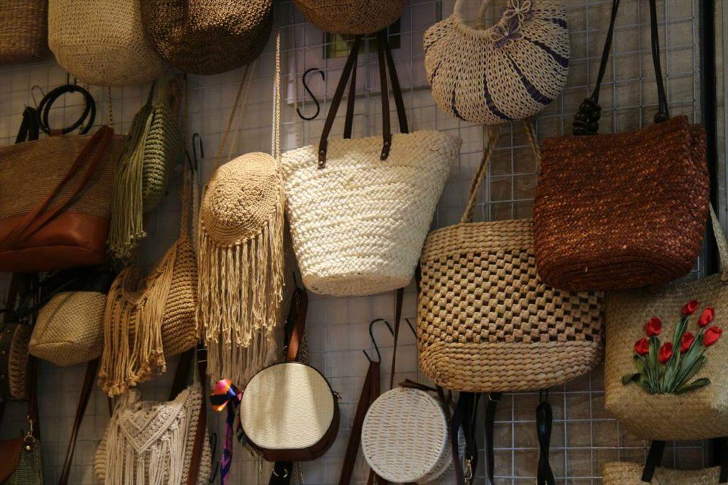 ベトナムの編みカゴ