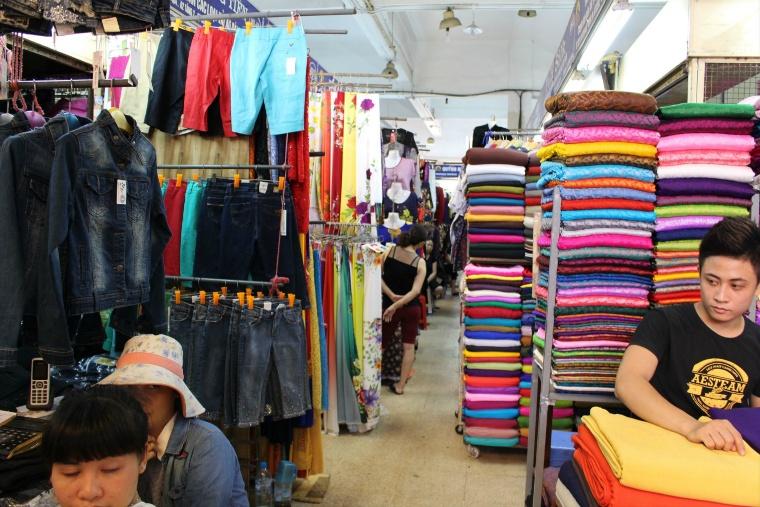 旧市街のドンスアン市場