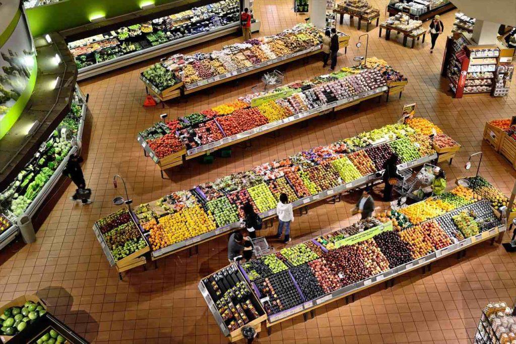 まずは大手スーパーに行こう