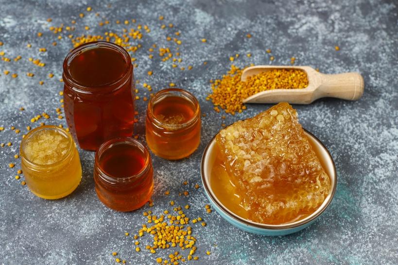 日本に売っている蜂蜜とはまったく味わいが違う非加熱生はちみつ。是非一度仕入れてみて
